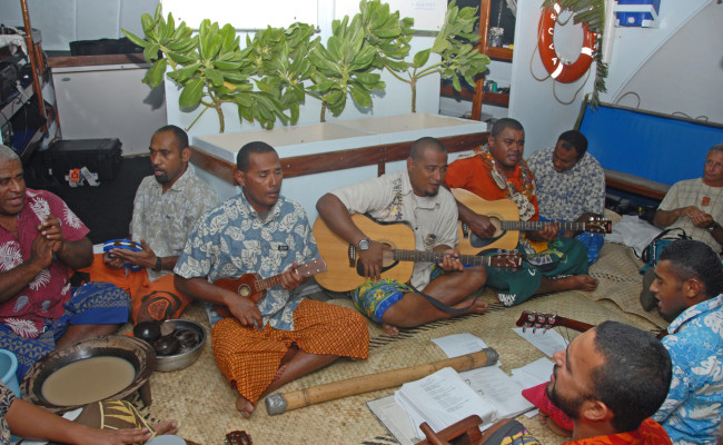 N31 F-0101 Kava Party 2